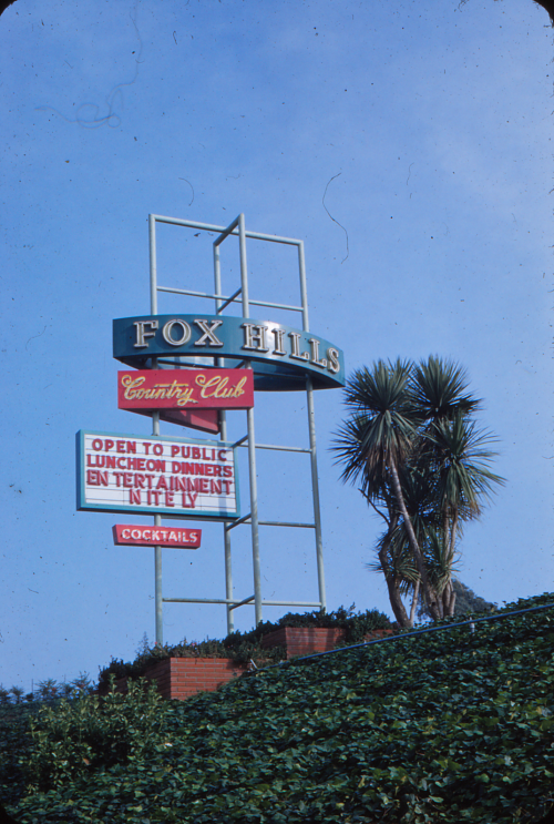 Fox_Hills_Country_Club_sign_in_mid-20th_century