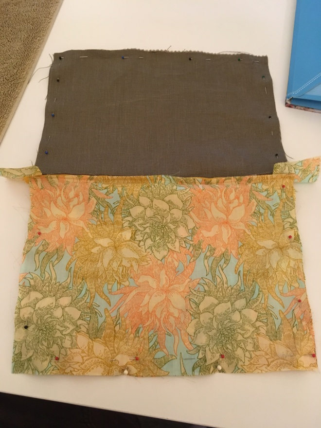 The reverse of this fabric is more muted, but it's still pretty bold and exuberant. The sedate brown linen is a good visual rest from the stimulation of the flowers.